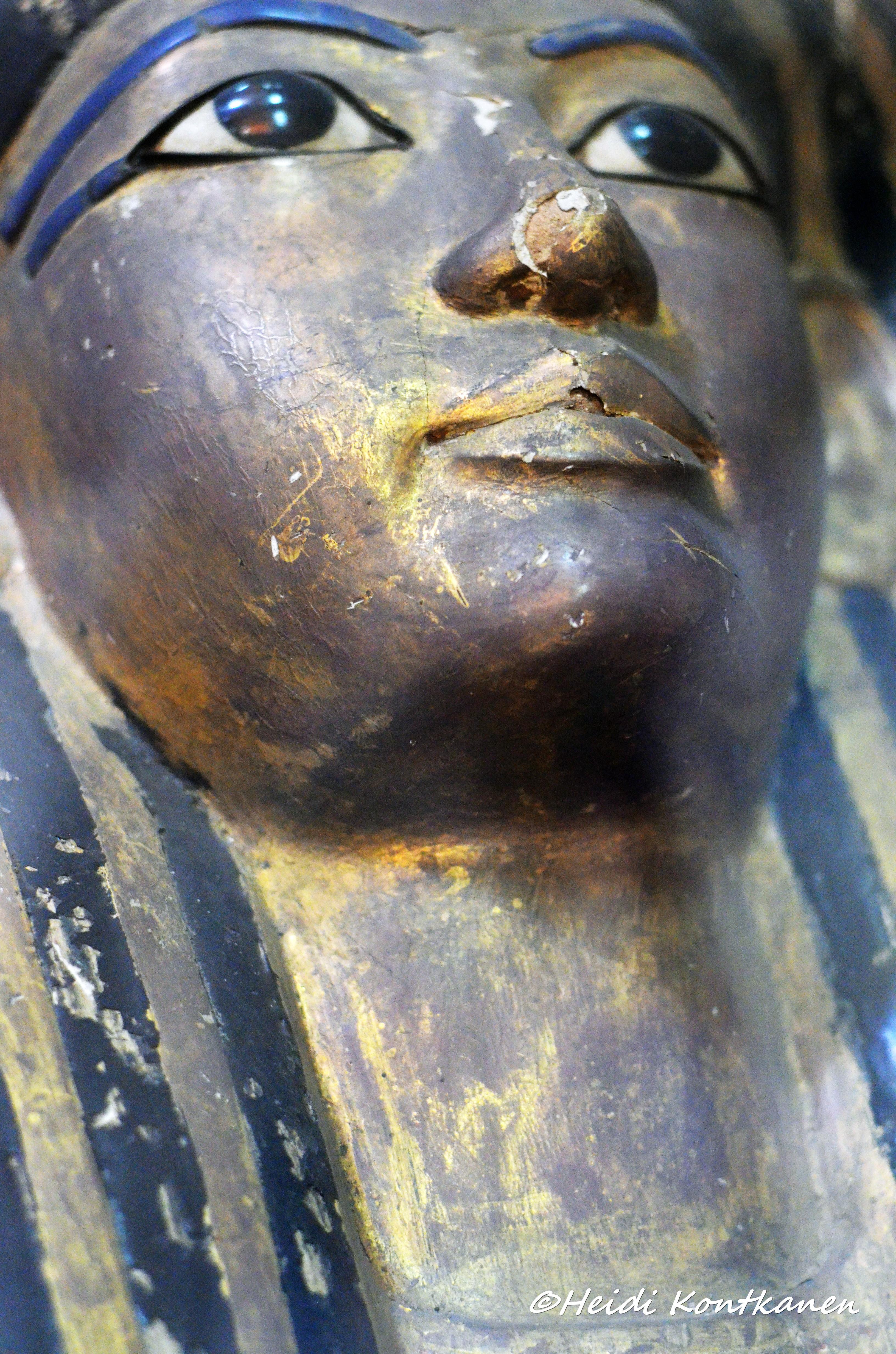 Face of inner coffin