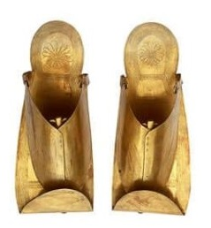 The gold sandals of Psusennes I